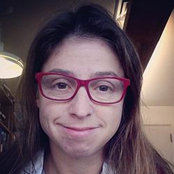 Dr Ana Vivaldi