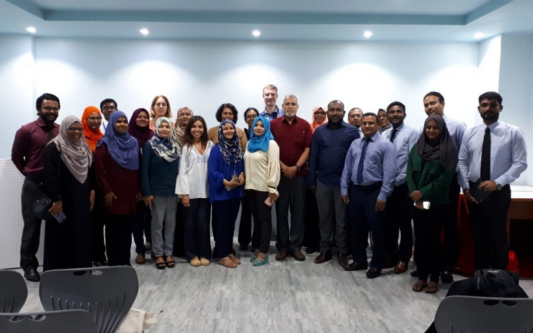 The links between research, environment and development policy in the Maldives